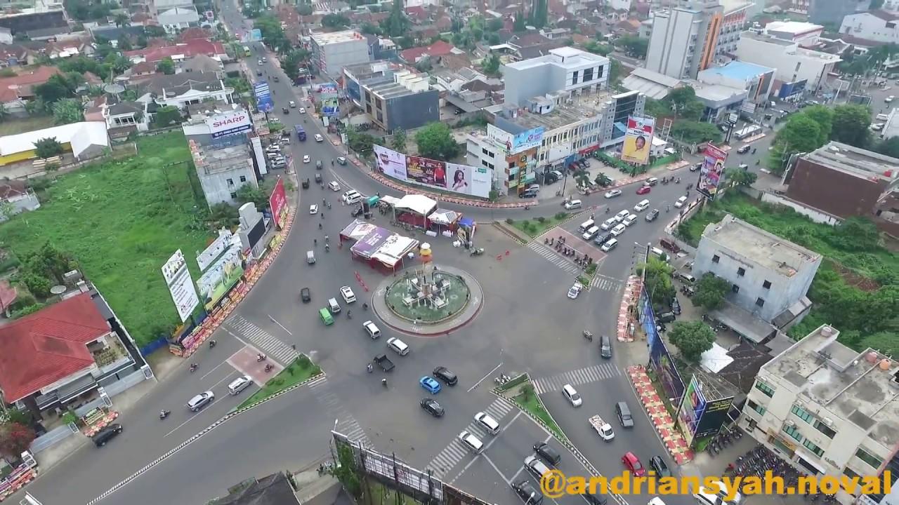 Tugu Adipura Bandar Lampung Youtube Kota