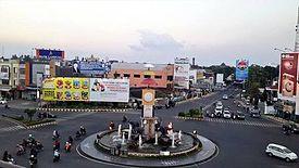 Tugu Adipura Wikipedia Bahasa Indonesia Ensiklopedia Bebas Bundaran Bandar Lampung