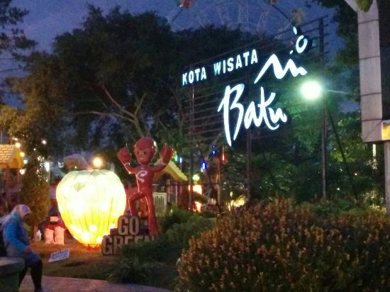 Alun Kota Batu City Square Picture