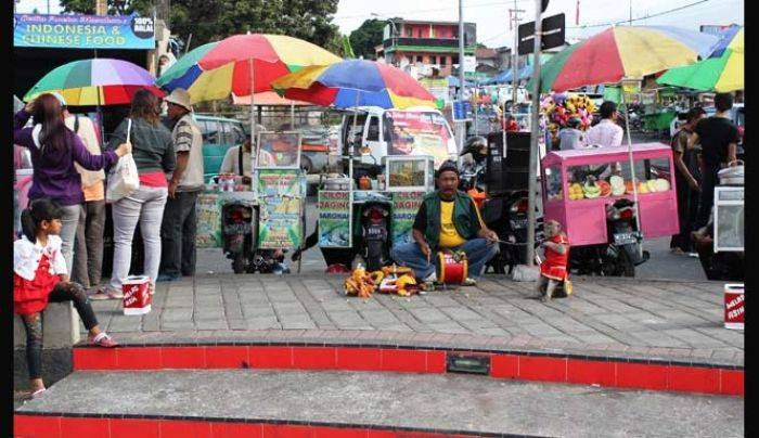 Jelang Relokasi Wali Kota Batu Minta Pkl Alun Didata