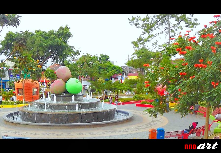 Warna Warni Alun Kota Batu Nnoart Patung Apel Air Mancur