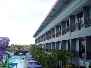 Batu Wonderland Hotel Resort Malang Indonesia Rates Photos Kota