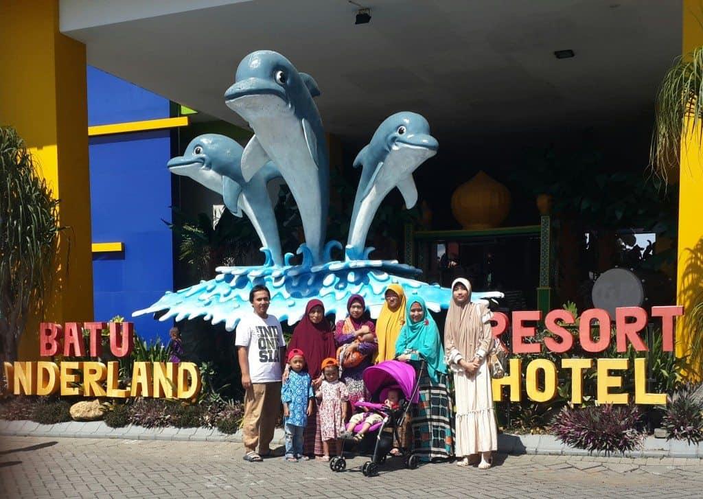 Obyek Wisata Batu Wonderland Waterpark Kota Fasilitas