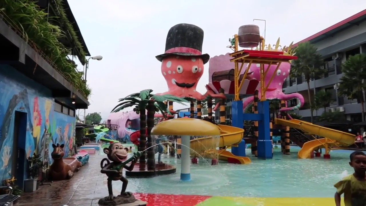 Wonderland Batu Waterpark Resort Hotel Wahana Renang Bersenang Senang Keluarga