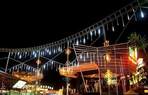 Menghabiskan Malam Batu Night Spectacular Sunday Motorent Bns Kota