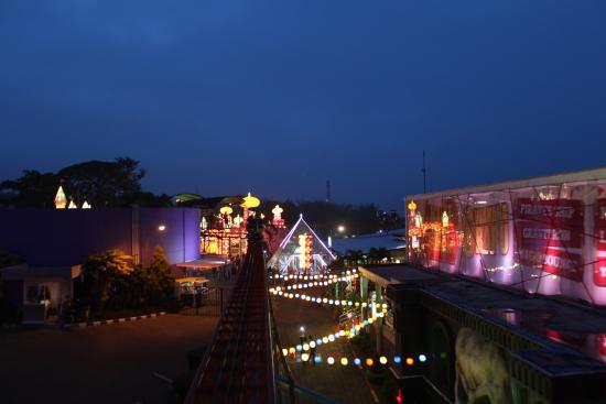Taman Lampion Picture Batu Night Spectacular Bns Pemandangan Malam Wahana