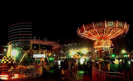 Wahana Permainan Bns Picture Batu Night Spectacular Kota