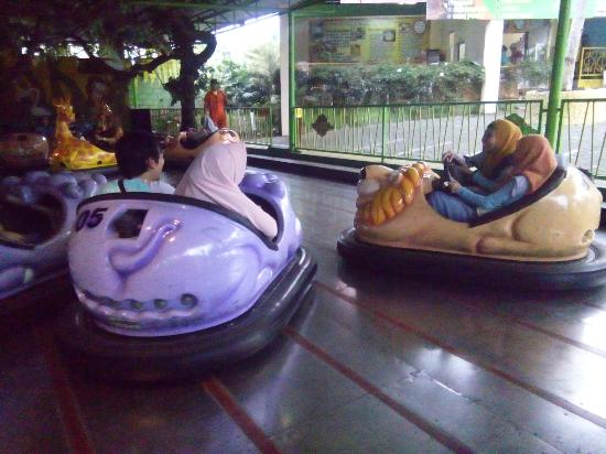 Bom Car Picture Jawa Timur Park 2 Batu Tripadvisor Kota