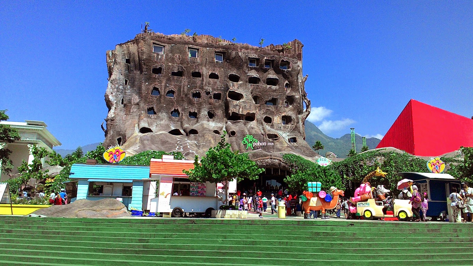 Jelajah Kota Batu Malang Jatim Park 2 Museum Angkut Jawa