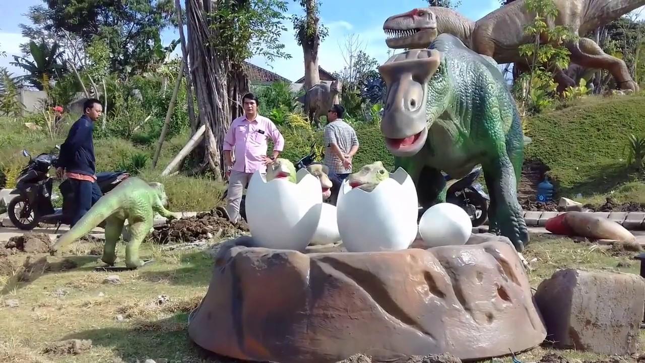 Serunya Sensasi Bermain Anak Dinosaurus Raksasa Dino Park Jatim 3