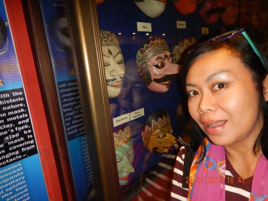 Dimuseum Topeng Kota Batu Malang Picture Kingdom Museum