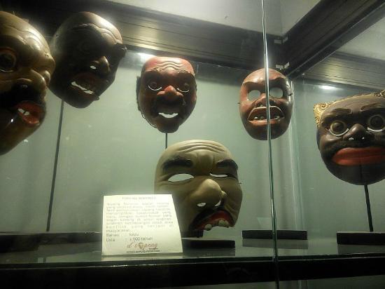 Museum Topeng Batu Picture Kingdom Malang Aneka Kota