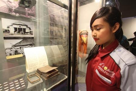 Pustaha Laklak Dipamerkan Museum Topeng Kota Batu Pelita Batak