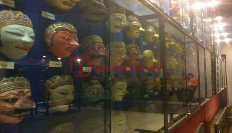 Yuk Belajar Sejarah Budaya Museum Topeng Kingdom Kota Batu Bisnis
