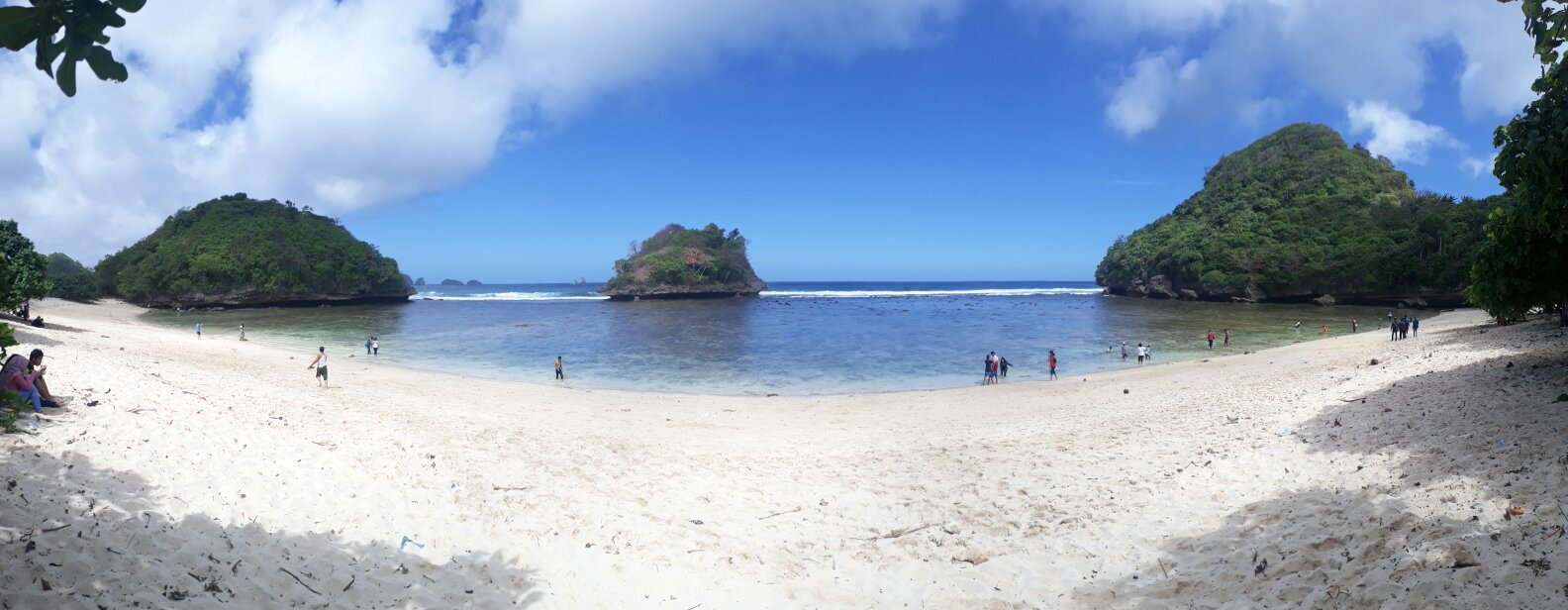 Path Photo Batu Pantai Malang Raya Paket Sehari Start Point
