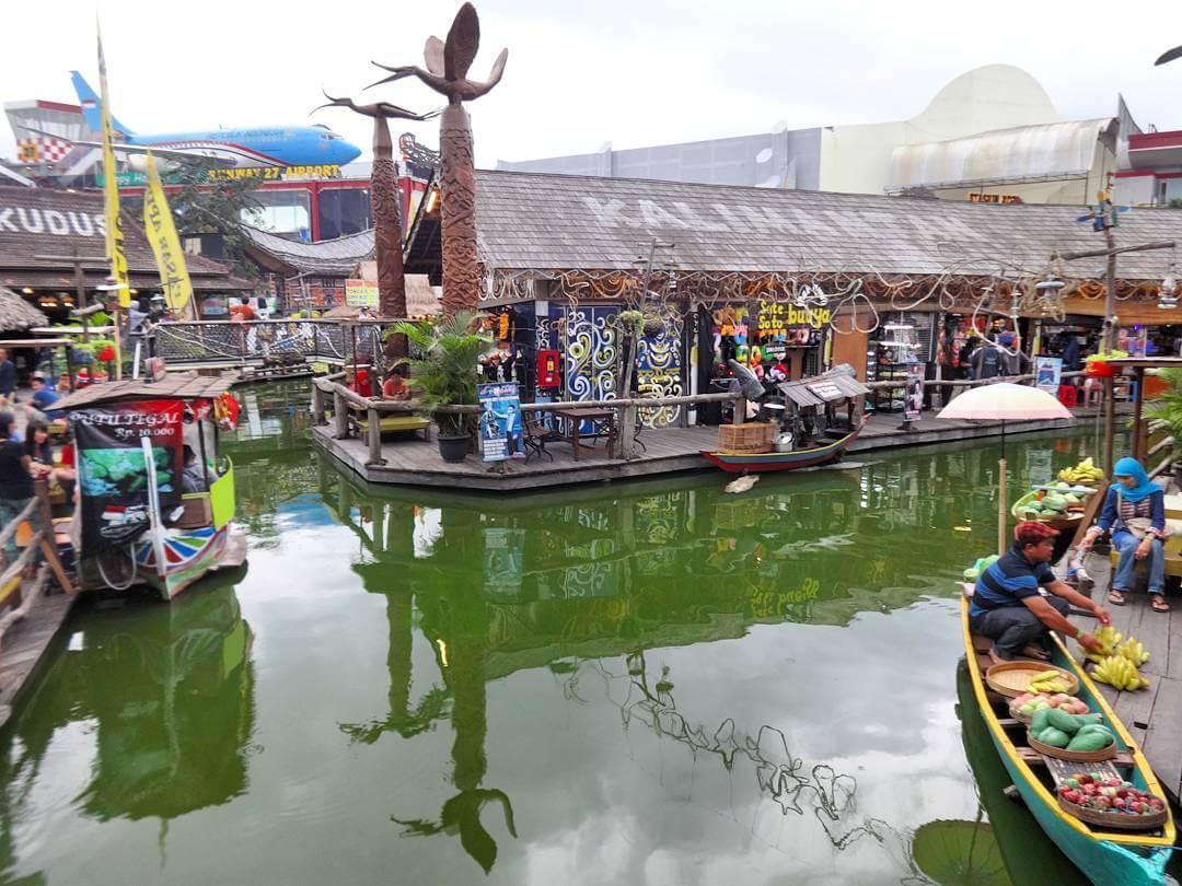 130 Tempat Wisata Malang Batu Sekitarnya Wajib Dikunjungi Pasar Apung