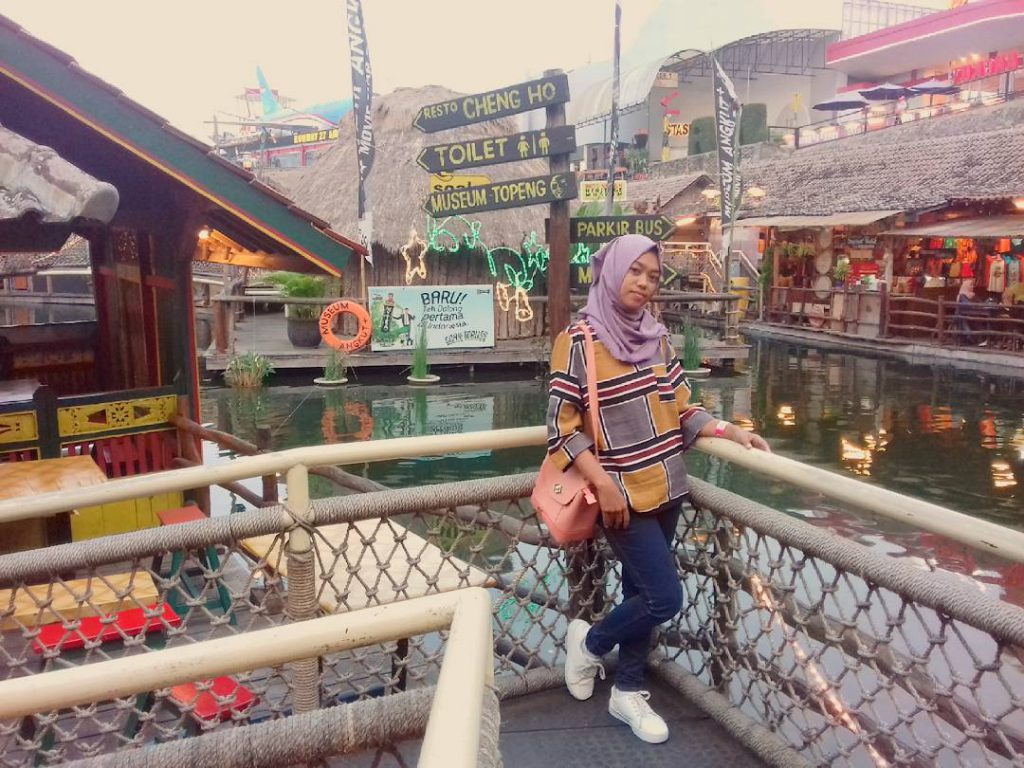 Dinner Romantis Pasar Apung Museum Angkut Kota Batu Traveling Dulu
