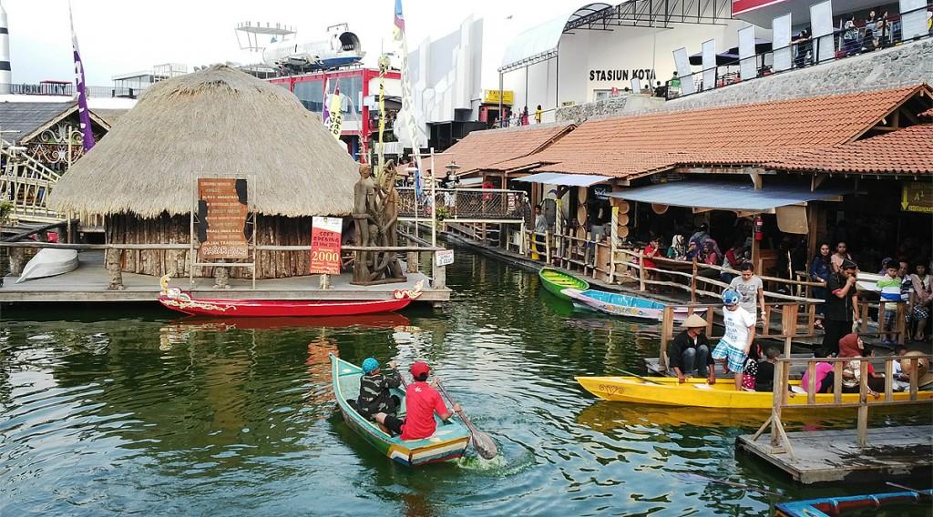 Harga Tiket Masuk Museum Angkut Pasar Apung Nusantara Kota Batu
