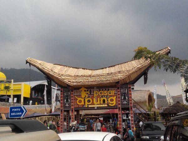 Pasar Apung Museum Angkut Mampoo Nusantara Kota Batu