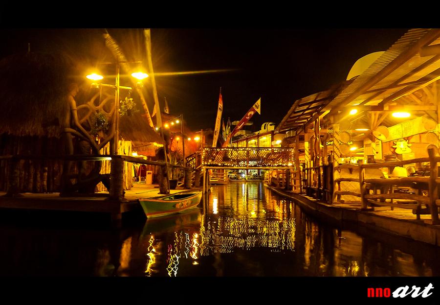 Siang Malam Pasar Apung Nusantara Museum Angkut Batu Nnoart Ketika