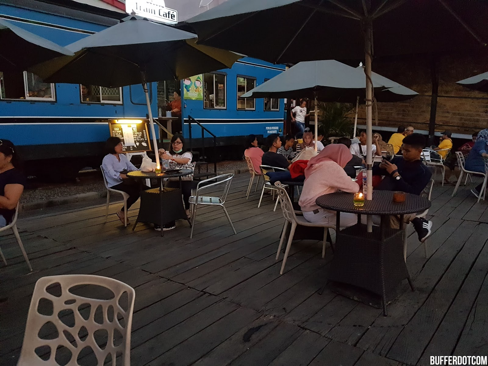 Travel Pasar Apung Nusantara Batu Malang Jawa Timur Bufferdotcom Tempat