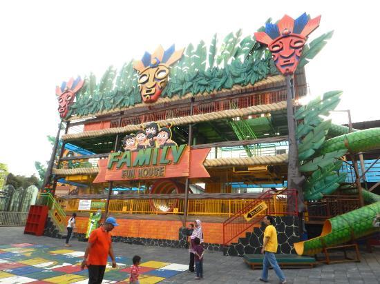 Area Permainan Keluarga Picture Predator Fun Park Batu Kota
