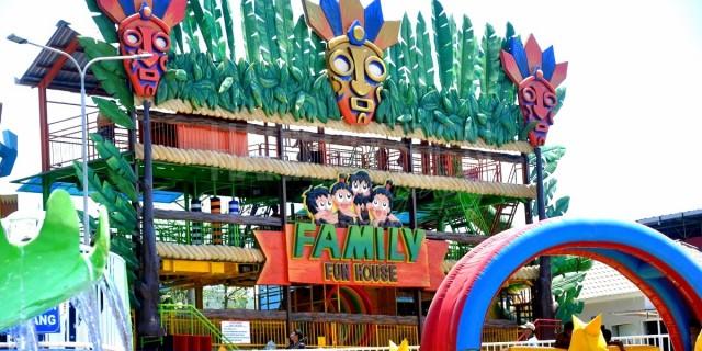 Foto Predator Fun Park Batu Wisata Keluarga Kota Malang