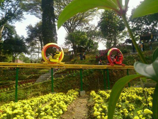 Wisata Taman Selecta Jadi Favorit Wisatawan Malang Times Sky Bike