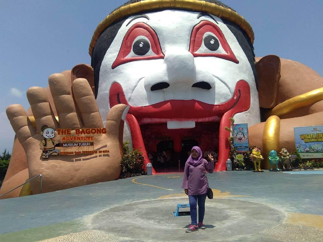 Belajar Sambil Berlibur Bagong Adventure Museum Tubuh Batu Kota