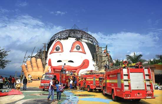 Jatim Park Terbakar Kepala Bagong Botak Adventure Museum Tubuh Kota