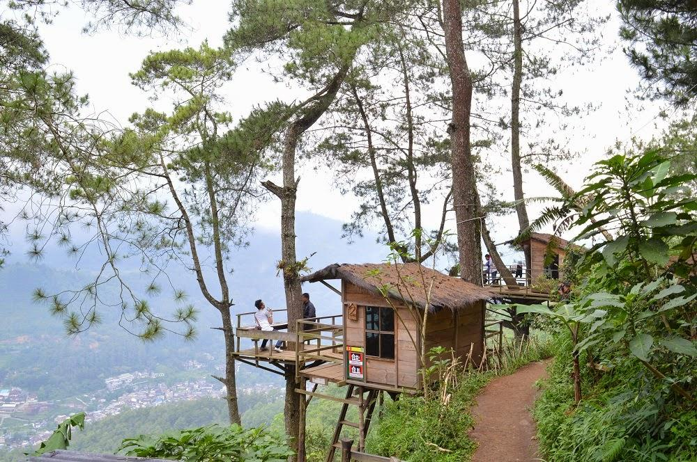 0812 9393 9797 Omah Kayu Paralayang Lokasi Wisata Kota Batu
