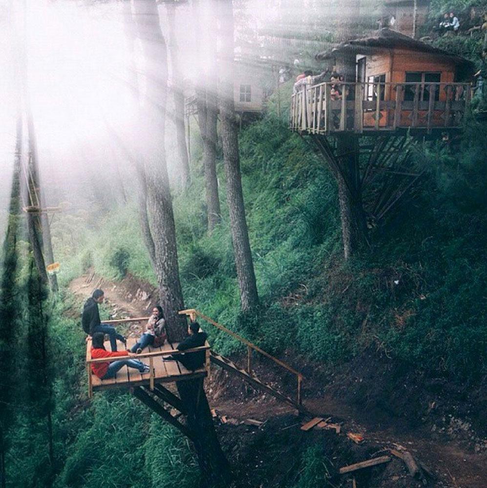 Wisata Paralayang Omah Pohon Batu Paket Tour Travel 2 Kayu