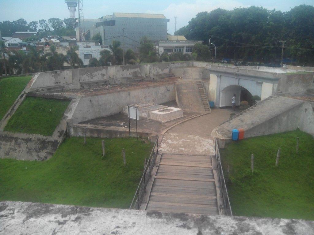 Bagian Benteng Fort Marlborough Kota Bengkulu Studio Fhoto