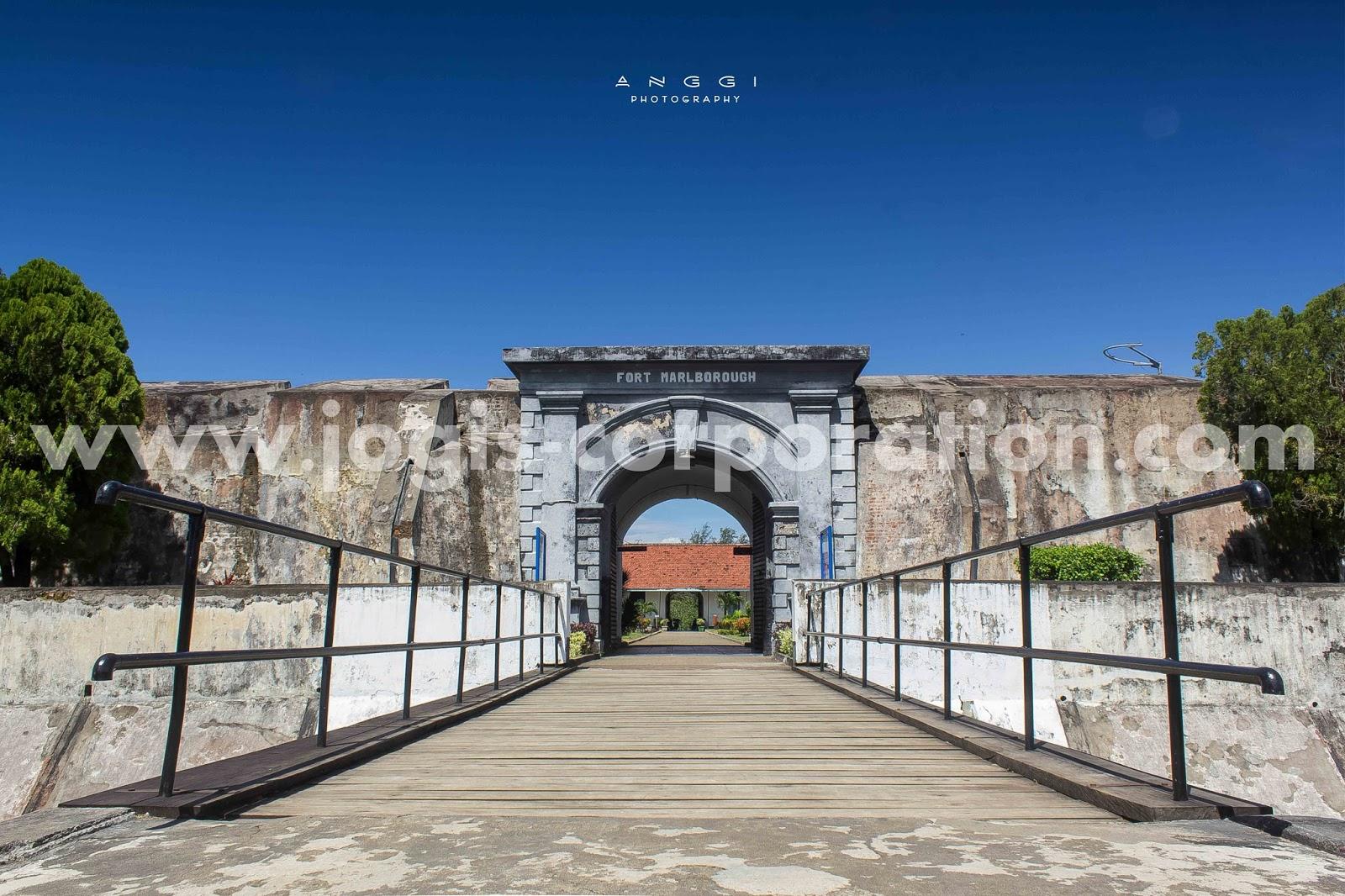 Benteng Marlborough Bengkulu P Kota Wisata
