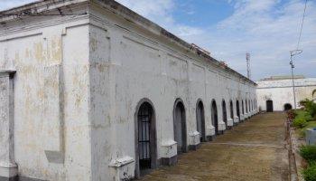 Benteng Marlborough Bukti Kejayaan Inggris Indonesia Djangki Postcards Fort Kota