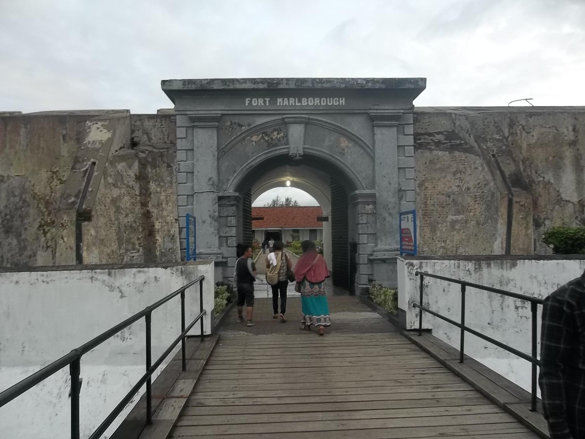Fort Marlborough Cerita Lain Perjuangan Kemerdekaan Ri Oleh Wisnu Aj