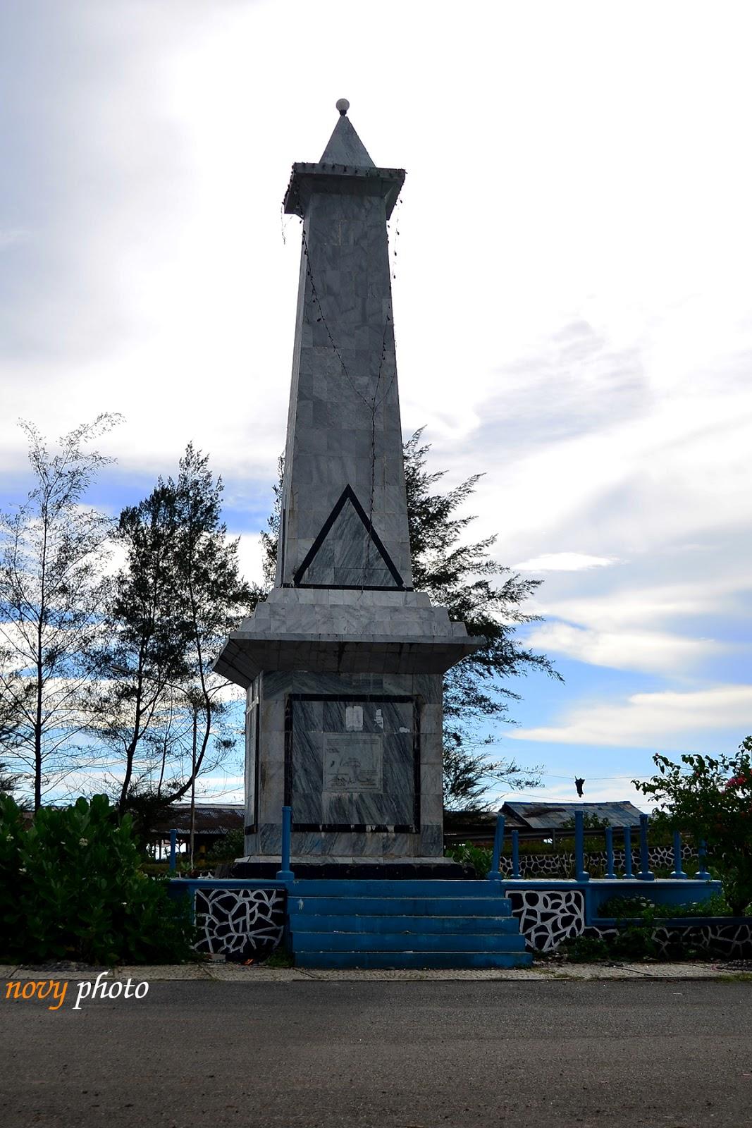 Colour Fn Monumen Perjuangan Rakyat Bengkulu Tugu Pasar Mengenang Proklamasi