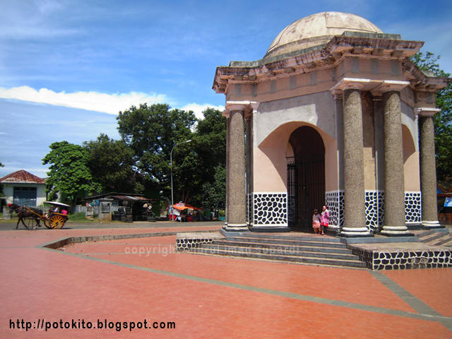 Gallery Bengkulu Indonesia Photo Historical Places Thomas Parr Monument Built