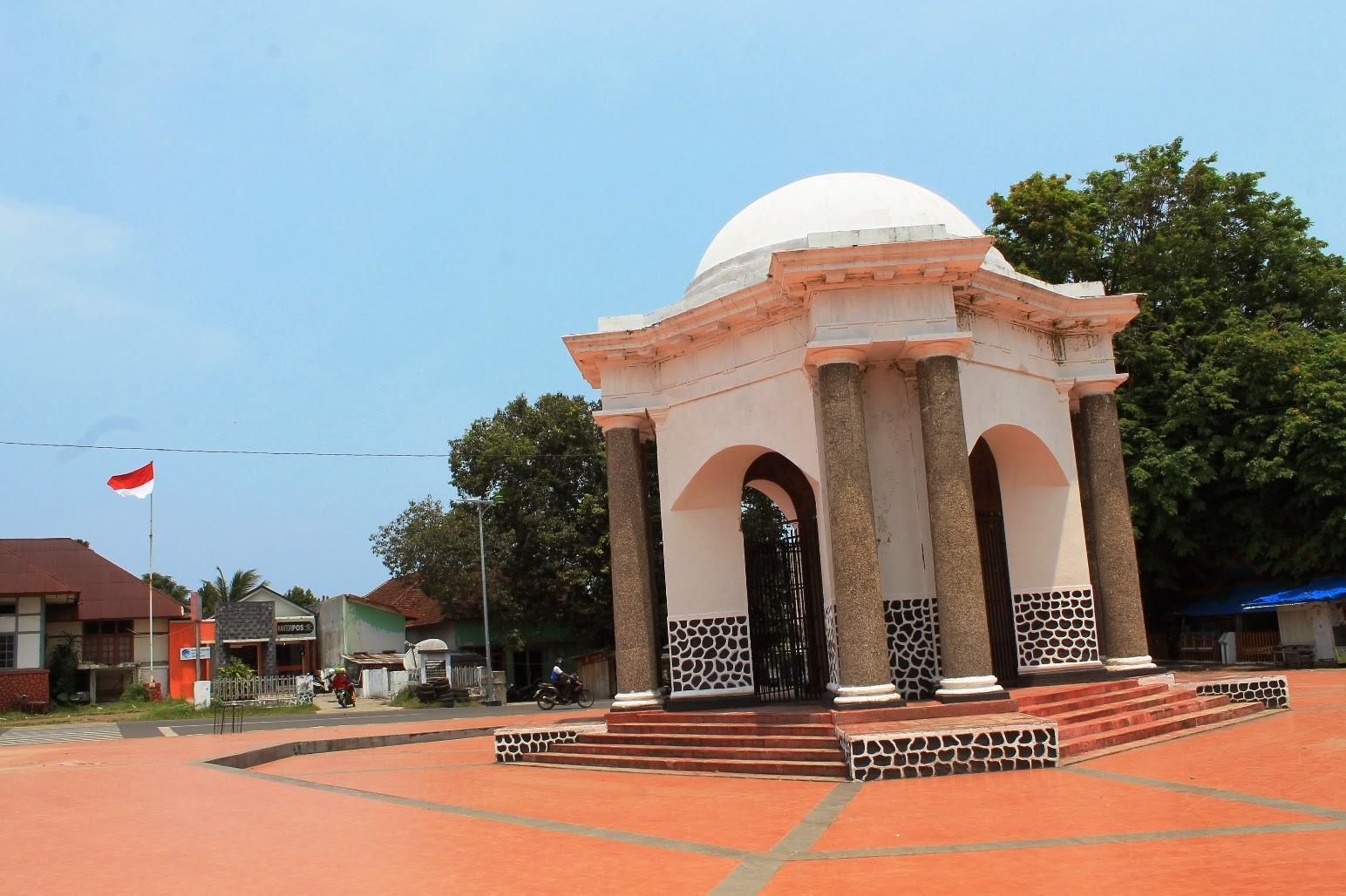 Hijrahheiji Suprisingly Bengkulu Monumen Thomas Parr Kota