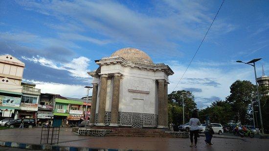 Thomas Park Monumen Picture Parr Monument Bengkulu Img 20160605 170445