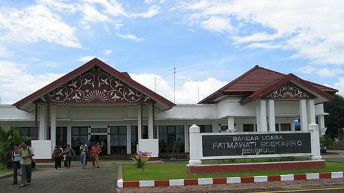 August 2012 Archi Pelago Fastfact Page 2 Bandara Udara Fatmawati