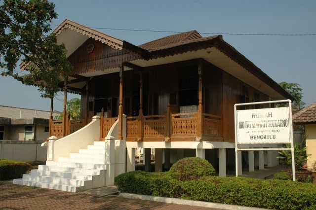 Bengkulu Kota Buangan Baltyra Rumah Fatmawati Sukarno Res Musium Ibu