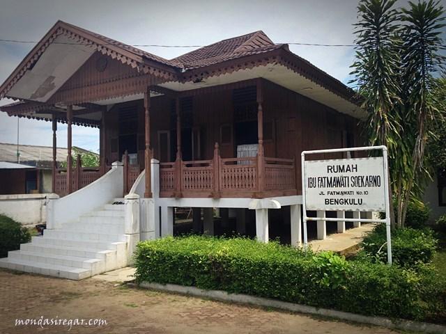 Kisah Bendera Pusaka Ibu Fatmawati Soekarno Berbagi Kisahku Rumah Musium