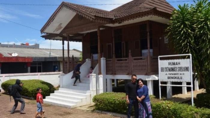 Rumah Ibu Fatmawati Istri Proklamator Kemerdekaan Ri Destinasi Wajib Wisatawan