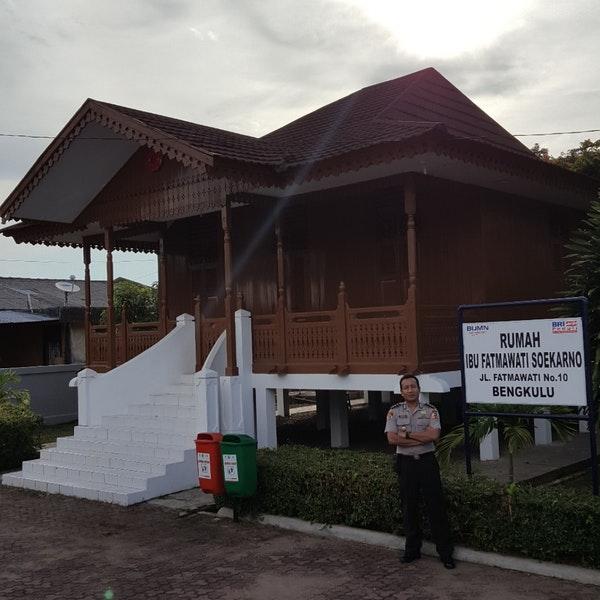 Rumah Ibu Fatmawati Soekarno 2 Tips 154 Pengunjung Musium Bengkulu