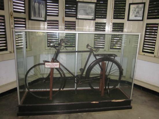 Sepeda Ontel Picture Rumah Pengasingan Bung Karno Bengkulu Musium Ibu