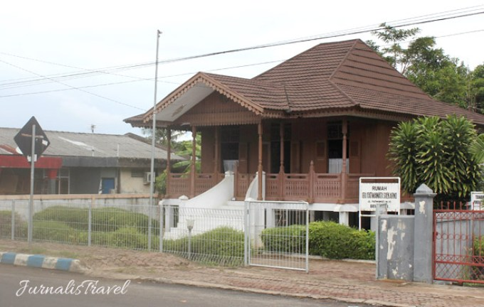 Sepenggal Kisah Cinta Soekarno Bengkulu Jurnalis Travel Rumah Fatmawati Jalan