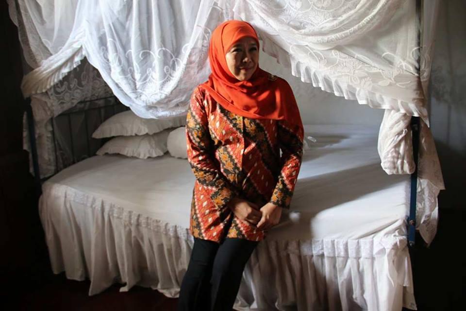 Terharu Khofifah Teteskan Air Mata Rumah Fatmawati Pedoman Bengkulu Musium