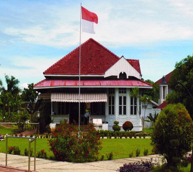 10 Tempat Wisata Bengkulu Indah Populer Lihat Id Rumah Pengasingan