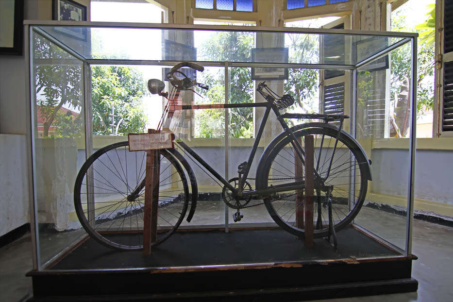 9a Tourism Places Rumah Pengasingan Soekarno Bengkulu Gambar Sepeda Peninggalan